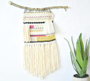 How-To-Wall-Hanging-Weaving-Tutorial-1024x928